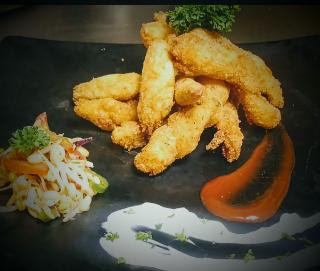 Serving fish fingers with tartar sauce for fish fingers recipe