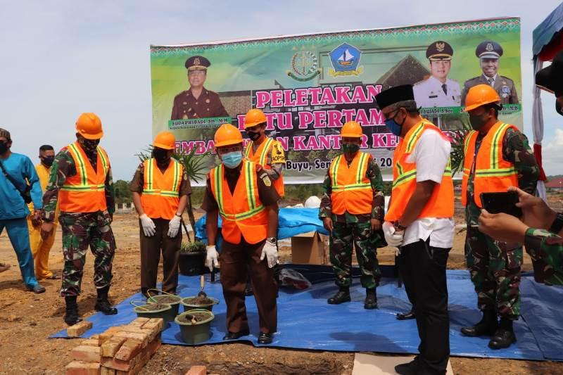 Dandim 0315/Bintan Ikut Letakkan Batu Pertama Pembangunan Kantor Kejari Bintan