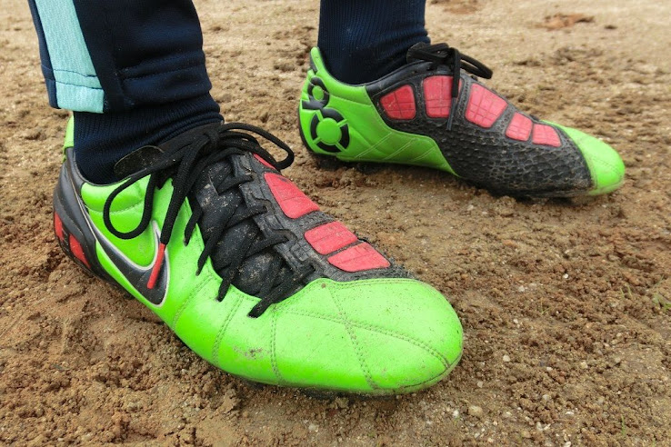 82a2fd15560d Nike to Release Total 90 Laser Remake Boots This Summer  - Footy ...