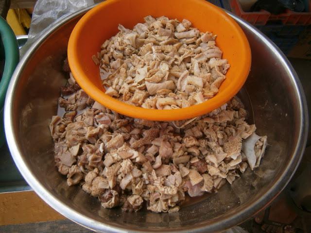 Preparación de la sangrecita criolla preparado de forma casera. Fotografía proporcionada por Irvis Murillo.