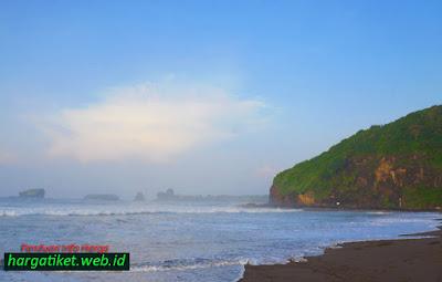 Gambar Wisata Watu Ulo