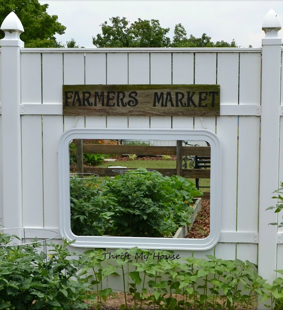 Mirror Hanging in the Garden, Outdoor Garden Sign