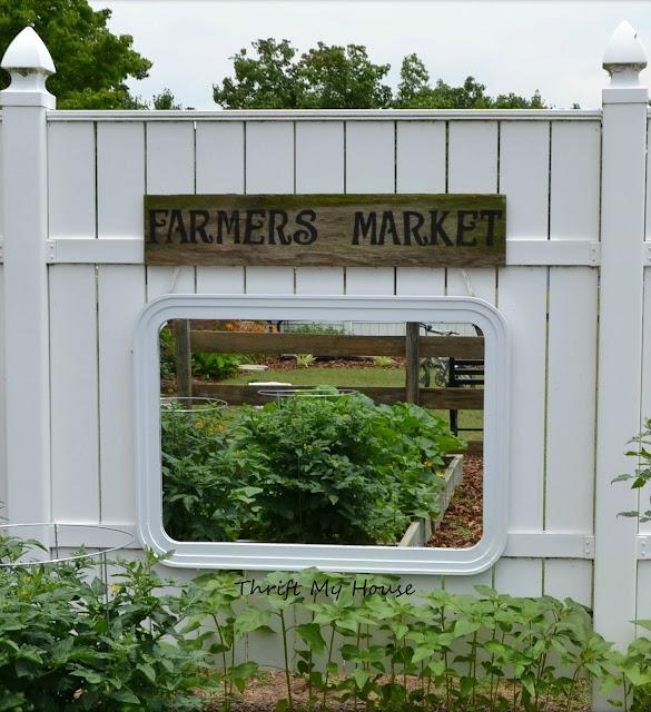 Mirror Hanging in the Garden, Outdoor Garden Sign