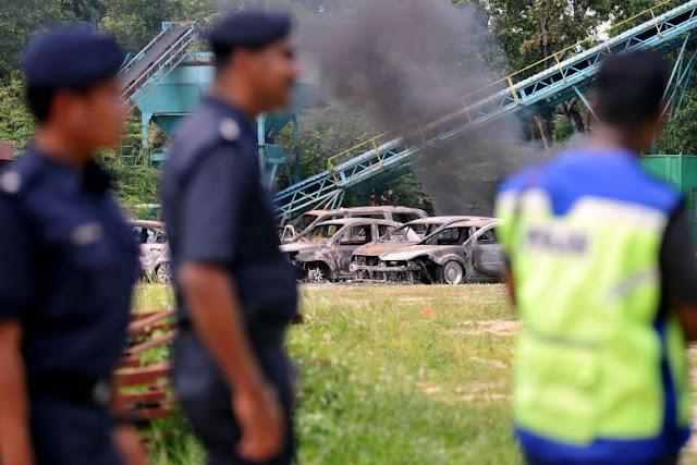 Pihak berkuasa Kuala Lumpur memperbesar ke atas penyokong di belakang rusuhan kuil