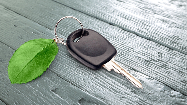 Ventajas financieras de comprar un auto 'verde'