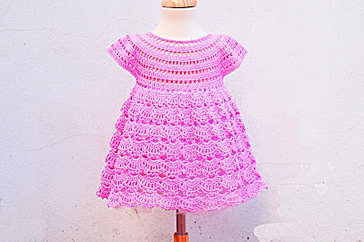 2 - Crochet IMAGEN Vestido rosa de abanicos a ganchillo Majovel Crochet