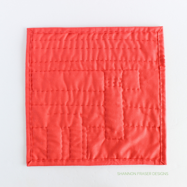 Wholecloth Mini Quilt - hand quilted with Aurifil Thread 12wt | Shannon Fraser Designs #handquiltedminiquilt #miniquilt