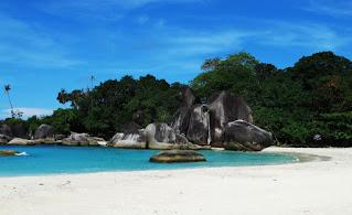 Tempat Rekreasi di Indonesia - Pulau Belitung, Kepulauan Bangka Belitung
