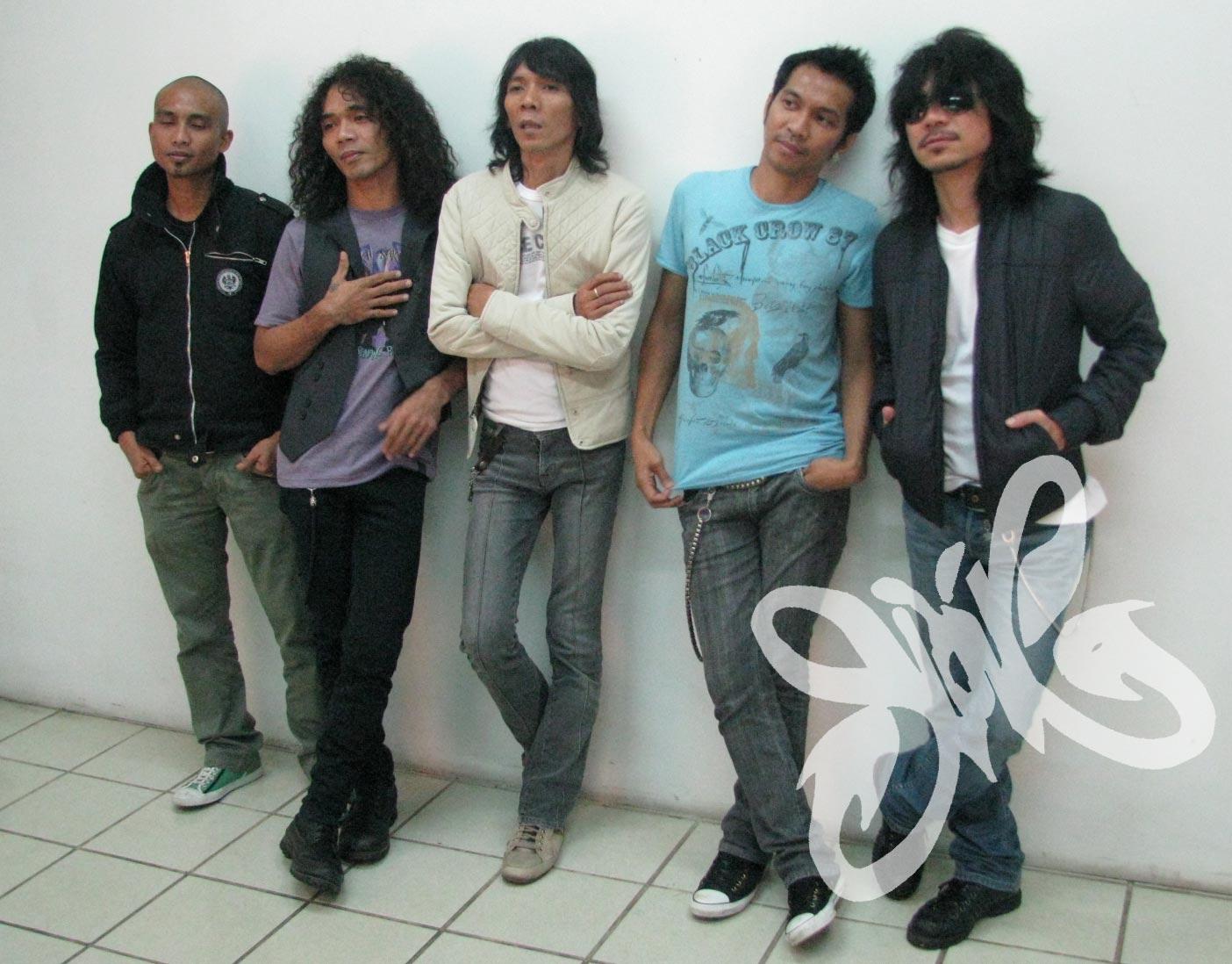 Download mp3 slank nggak ada matinya full album.