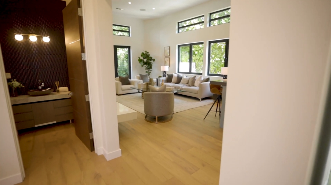86 Photos vs. 3768 Berry Dr, Studio City, CA Interior Design Luxury Home Tour
