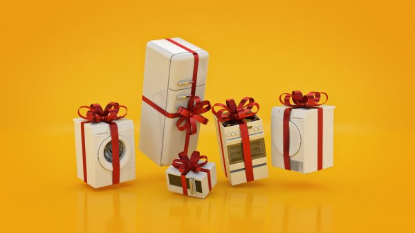 11 Things to Buy : Diwali diya decoration including gifts, decor, lighting, gardening, etc