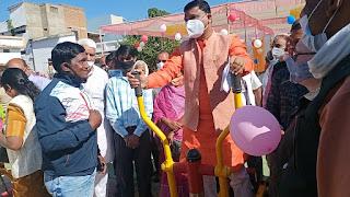 आयुष मंत्री श्री रामकिशोर नानो कावरे ने परसवाड़ा को दी ओपन जिम की सौगात