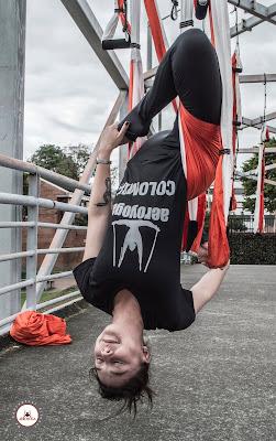 yoga, colombia, yoga aereo, aeroyoga, aire, air yoga, columpio, hamaca, trapeze, aerial yoga, swing, cursos, formacion, certificacion, acreditacion, yoga alliance