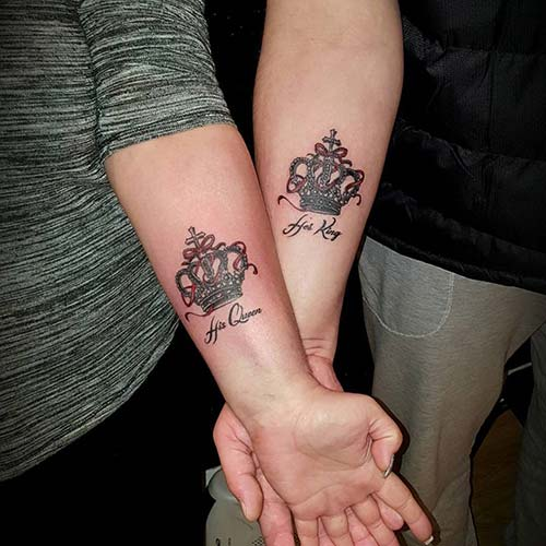 couple forearm crown tattoo sevgili taç dövmesi kol