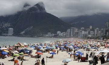 Passaporte de imunidade começa dar sinal : Crivella diz que só libera praias do Rio após vacina