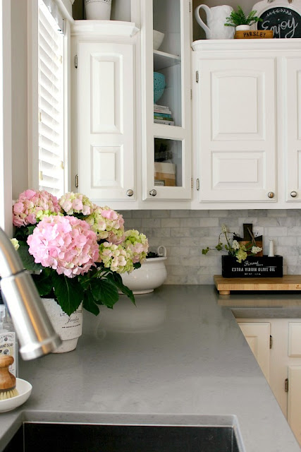 Spring Home Tour by Clean and Scentsible|One More Time Events-www.onemoretimeevents.com
