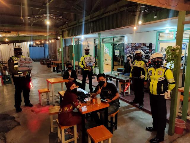 Upaya Penegakan Protokol Kesehatan, Sat Lantas Polres Kotim Gelar Blue Light Patrol