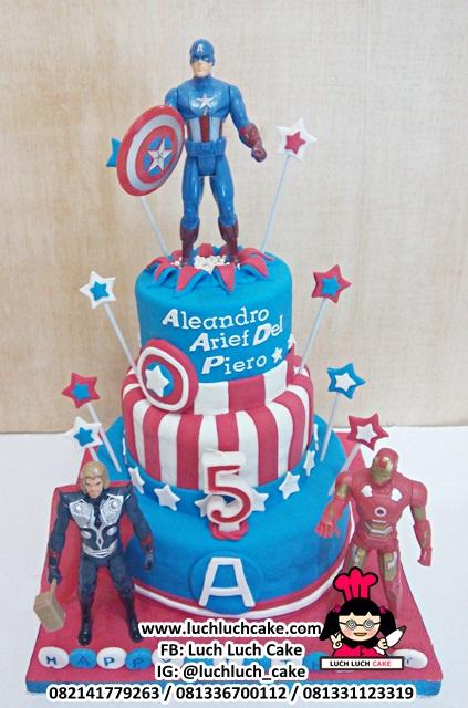 Kue Tart Captain Amerinca Tingkat 3