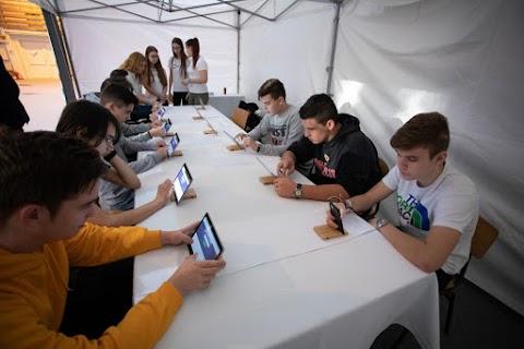 A digitális tér veszélyeiről volt szó egy debreceni középiskolában