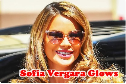 Sofia Vergara Glows Laser-Cut Dress and Soft Pink Mules