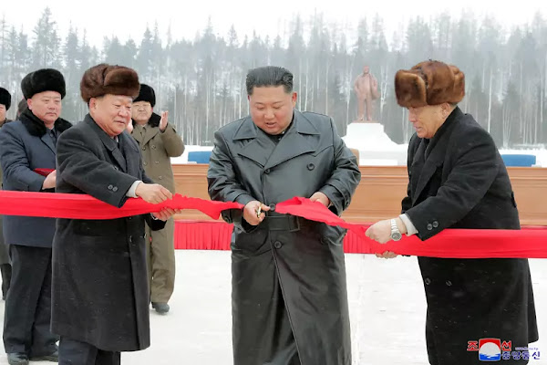 Kim Jong Un at Samjiyon completion ceremony, December 2, 2019