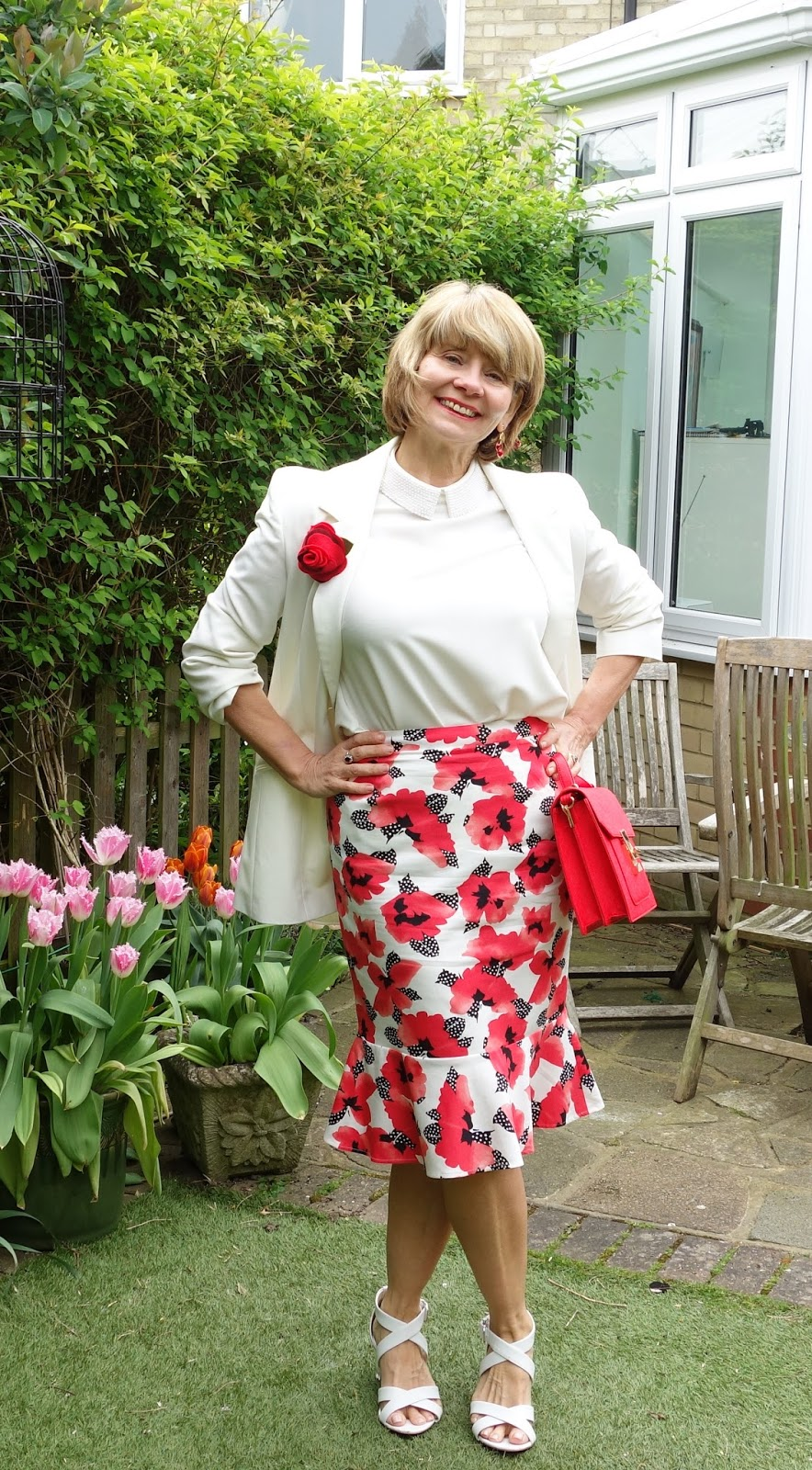 A red and white combination for a confidence boosting summer outfit