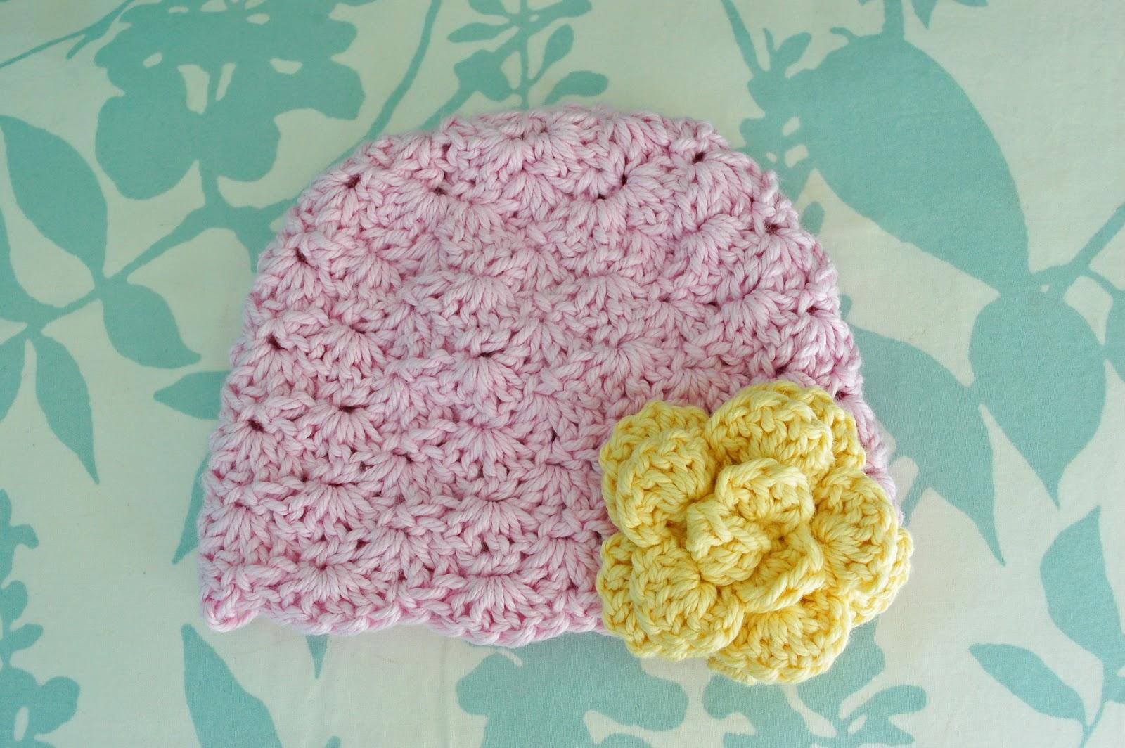 Alli Crafts  Free Pattern  Lacy Shells Hat - Newborn 675ba9932dc