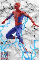 MAFEX Spider-Man (Peter B Parker) 33