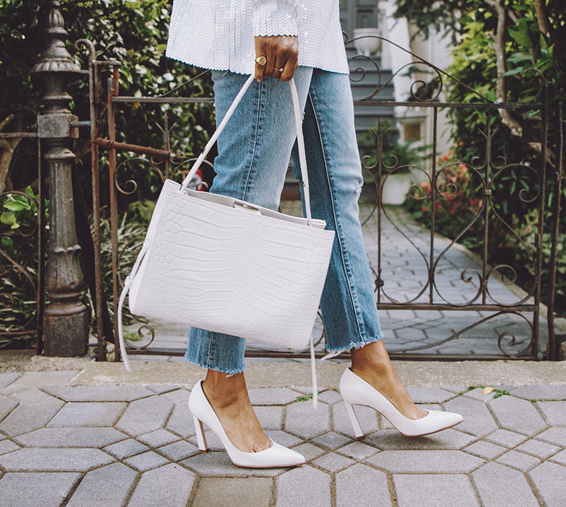 Three types of bags should be available in every girl's wardrobe