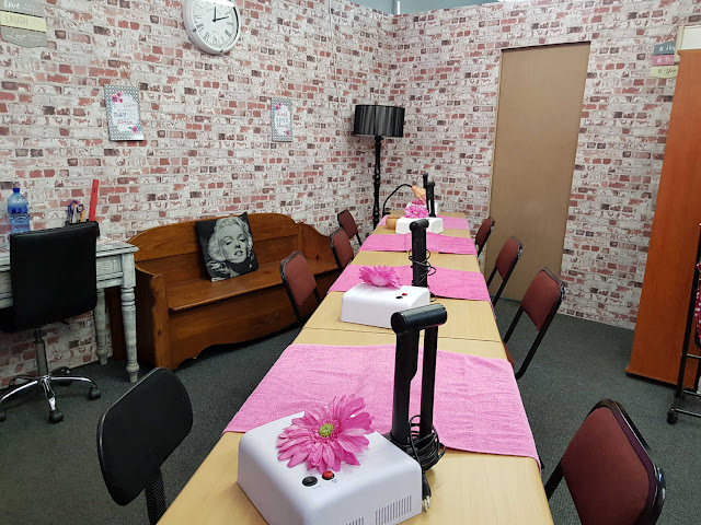 Nail Technician Training Studio