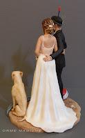 cake topper per torta nuziale milano statuette sposi con cani originali diverse orme magiche
