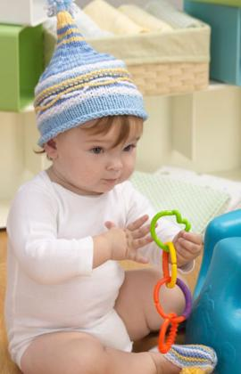 Knitting Pattern Baby Hat And Booties : Miss Julias Patterns: Free Patterns - 20 More Baby Hats to Knit - Crochet