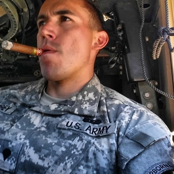 sexy-uniformed-army-soldier-masculine-smoker-hunk