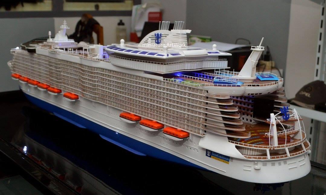 tempat jual miniatur kapal pesiar oasis of the seas royal caribbean international cruises ship terpercaya