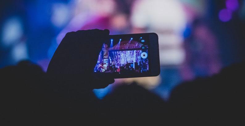 كيفية معرفة الفيديوهات التي ليس لها حقوق ملكية ؟ موضوع شامل