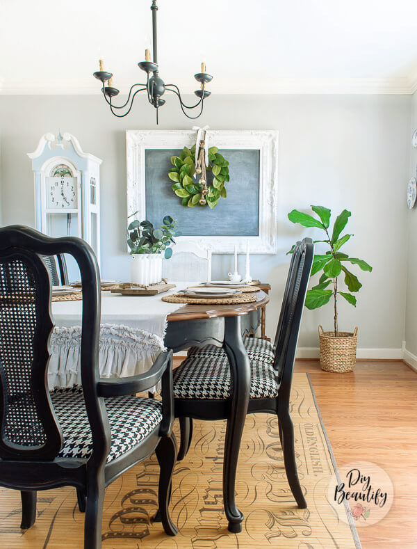 black and white dining room decor