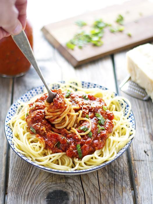 (Easy) Crock-Pot Marinara Sauce