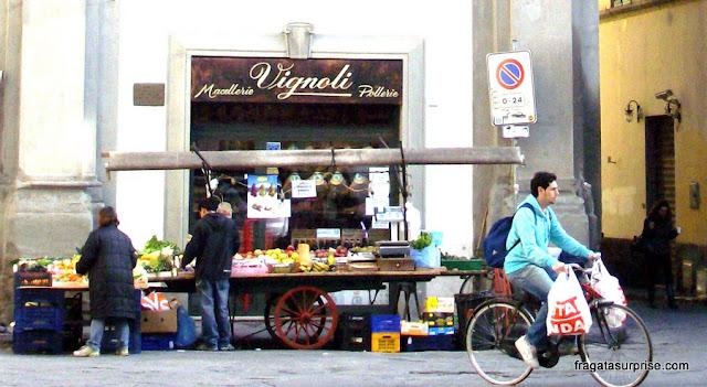 Barracas de feira em Santa Croce, Florença
