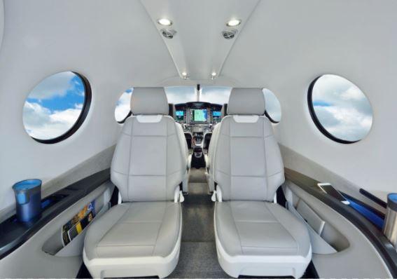 Epic E1000 interior