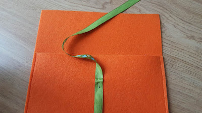 Felt envelope clutch with ribbon closure tutorial