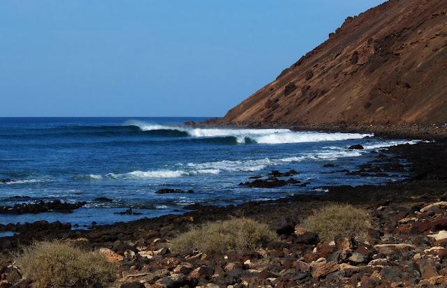 Surf, Waves, Lobos, Canaries