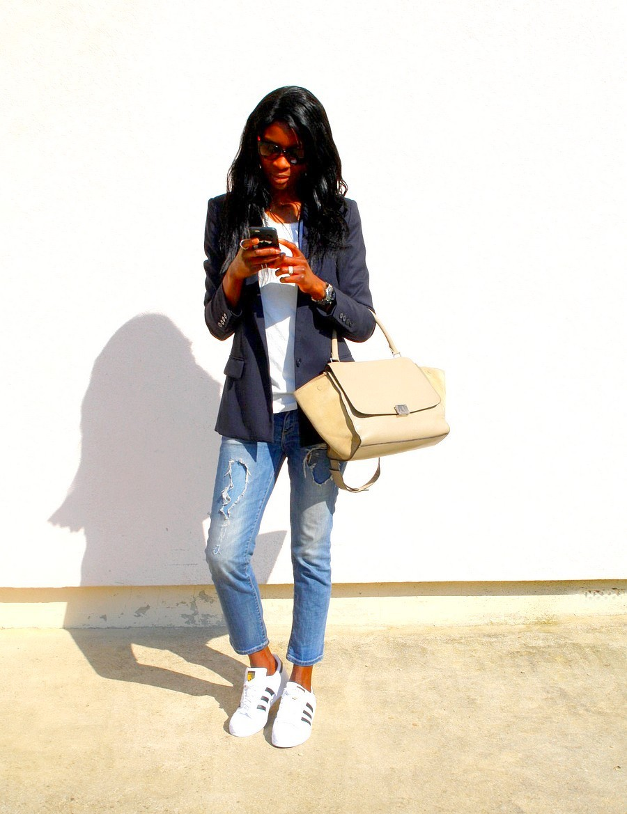 lunettes-marc-jacobs-adidas-supestar-sac-celine-trapeze-jeans-dechire-zara-blazer-mango