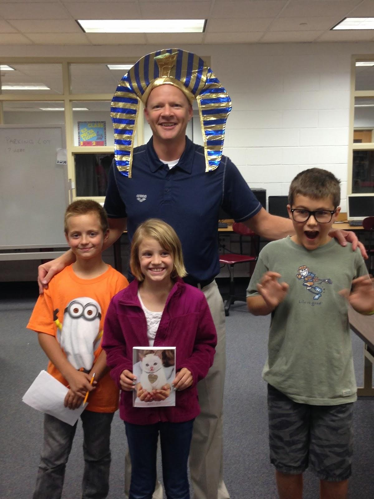 Yorkville Intermediate School Hosts Successful Family Read