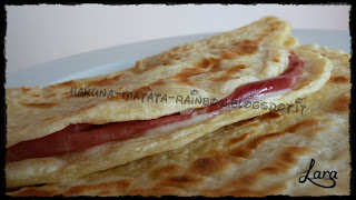 http://cucinaconlara.blogspot.it/2013/11/crescia-sfogliata-marchigiana.html