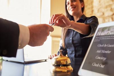 Quy trình check out khách sạn diễn ra như thế nào?