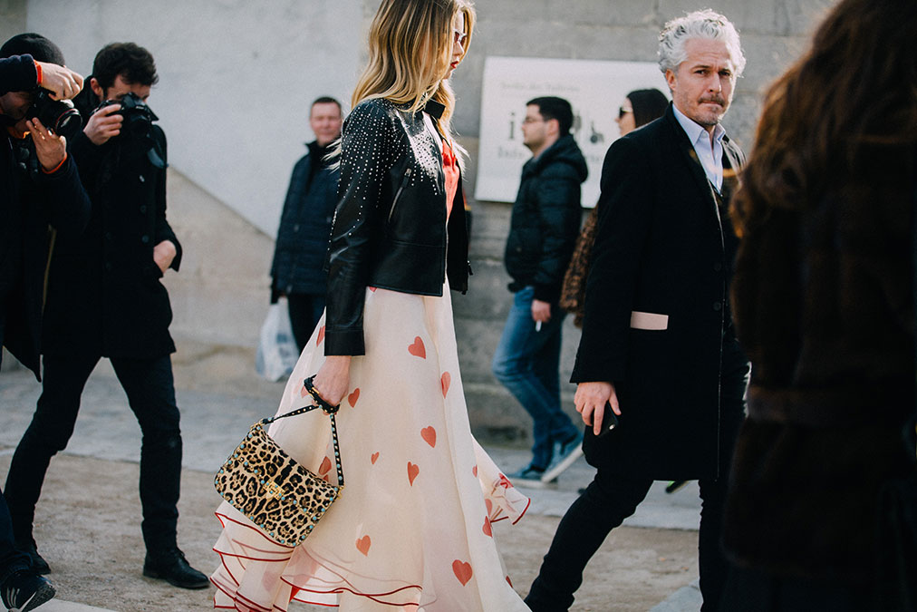 Street Style: Abbey Lee Kershaw's Heart-Print Dress