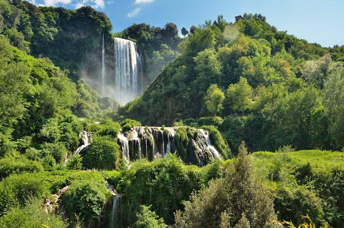 Máig a világ legnagyobb ember alkotta vízesése: az ókori rómaiak építették a lenyűgöző Marmore-vízesést