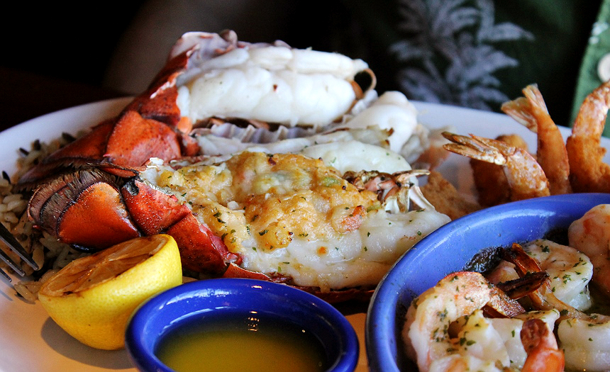 #CelebrateLobster with Red Lobster's 2017 Lobsterfest® event for a limited time! #AD