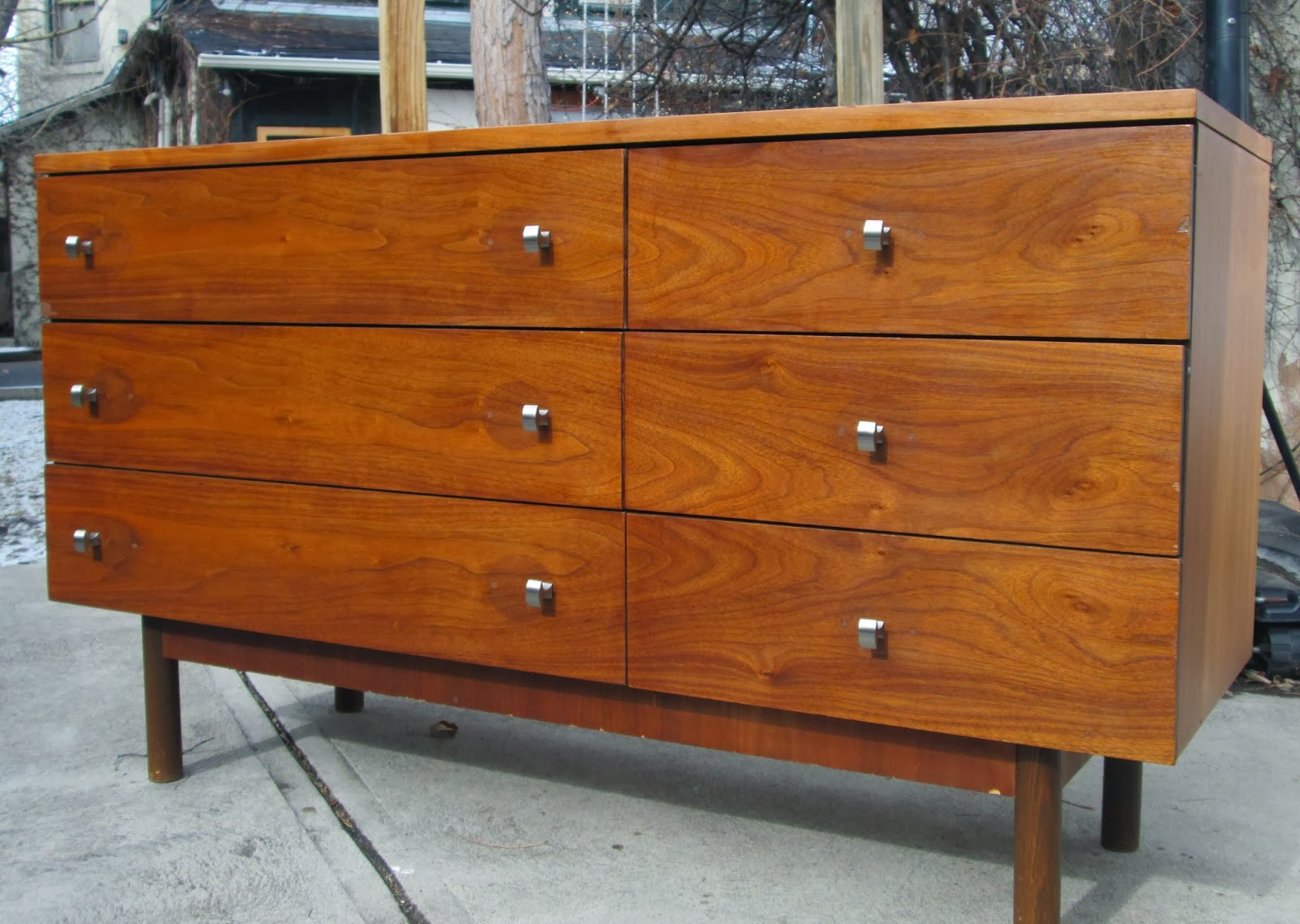 6 Drawer Mid Century Dresser By Stanley Sold