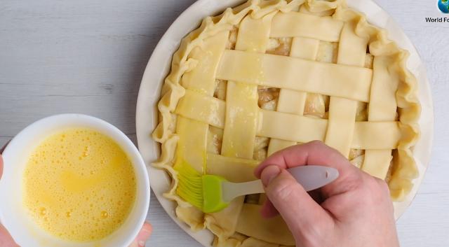 glazing pie